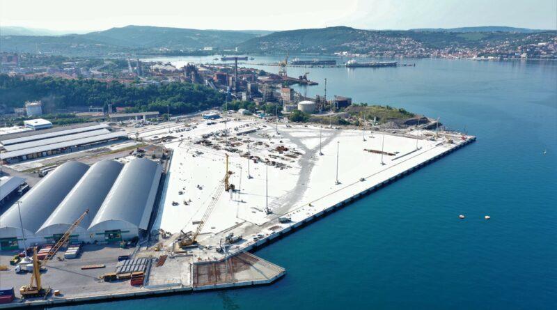 Trieste al centro dei traffici commerciali tra Nord e Sud Europa: accordo con Amburgo