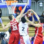Basket: la buona difesa di Allianz Trieste non basta contro Armani Milano. Le foto