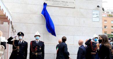 Poliziotti uccisi a Trieste, nell'anniversario della strage una via intitolata ai due agenti