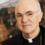 "Mons. Viganò, la Chiesa tra ""l'emergenza pandemica"" e l'agenda globalista"