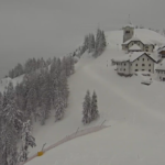 Nevicata da record su montagna e pedemontana del Friuli Venezia Giulia, prolungata l'allerta meteo