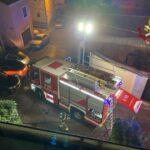 Incendio in appartamento a Trieste, due persone intossicate