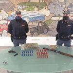 Armi illegali e droga: perquisizioni, sequestri e arresti a Montereale Valcellina, Meduno e Tramonti di Sopra