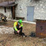 Giovane triestino sopravvive a sette notti all'addiaccio in montagna dopo caduta, il suo cane sempre con lui