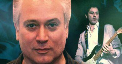 """""""Davanti al fuoco"""" (Radio Edit) è la nuova canzone del triestino Beppe De Francesco"""
