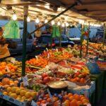 """Venditori ambulanti: no ad """"estate a colori"""". Richiesta di moratoria per tasse e mutui"""