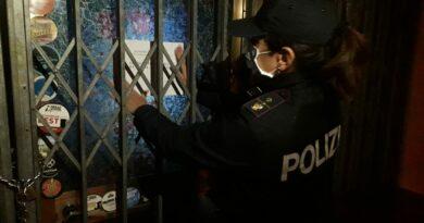 Violazione norme anticovid, schiamazzi e resistenza: sospesa per 10 giorni la Birroteca 2 muri a Polcenigo