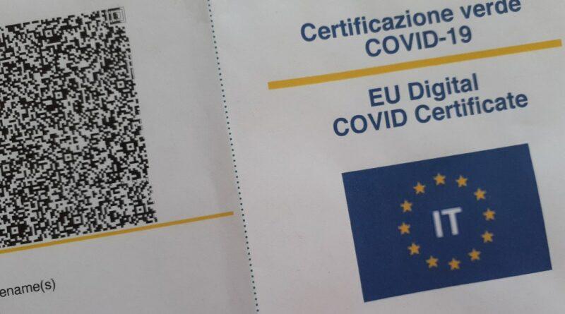 Covid-19: Green pass e nuovi parametri per le aree a rischio, emanate le direttive del Governo