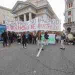 A Trieste la protesta contro l'obbligo del Green Pass sul luogo di lavoro. Le foto