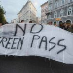 11 ottobre sciopero generale dei Cobas per protestare contro il Green Pass. Alitalia cancella 127 voli