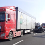 Due persone perdono la vita e tre restano gravemente ferite in un incidente in A4