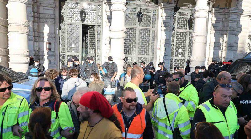 Ultim'ora: i portuali di Trieste ottengono un incontro urgente col Governo